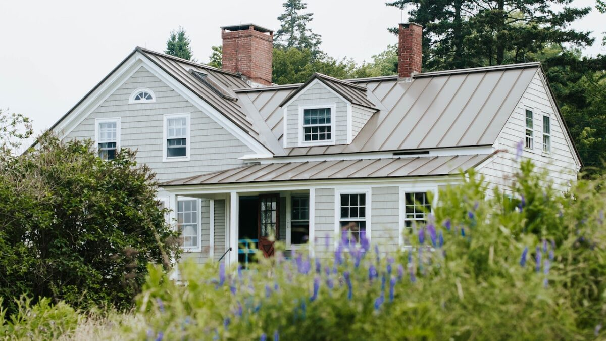 Can't Afford a New Roof? Here's How to Fit One in Your Budget